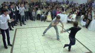 Лезгинка Чемпион Мира Валех Мустафаев  На Свадьбе Друга