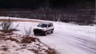 Fiat Panda 4x4 1000 GSXR sur la neige