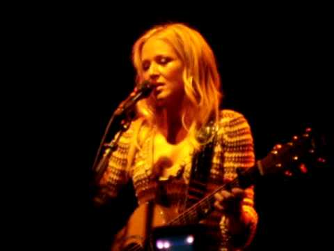Jewel at the Roxy - Everything breaks