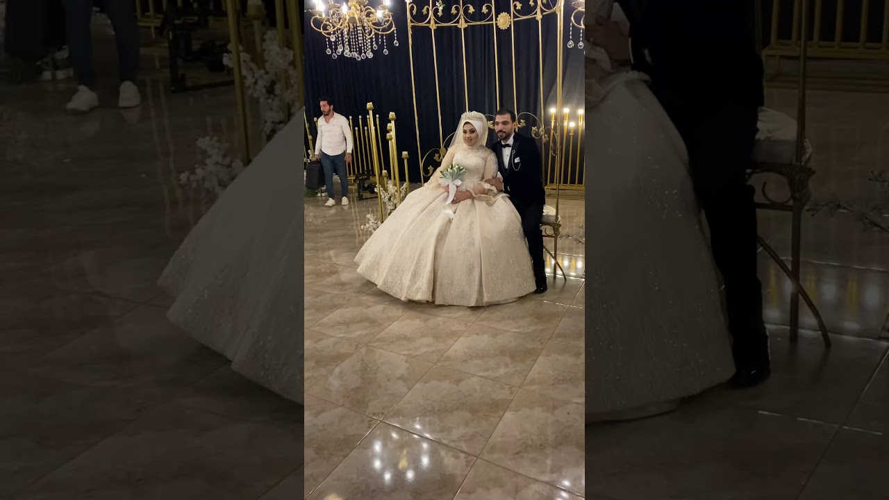 العروسه القرفانه رزق شوفو العروسه دي عملت ايه ف العريس 😂😂💃
