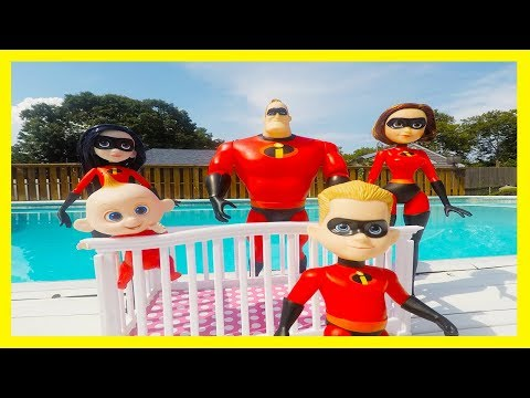 Incredibles Family Summer Vacation at Toy Hotel Swimming Pool with PJ Masks | Episode 3