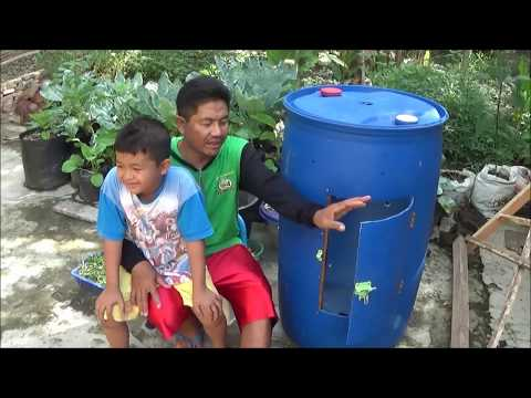 Cara Membuat Compost Tumbler untuk Menghasilkan Kompos Kering dari Limbah Rumah Tangga