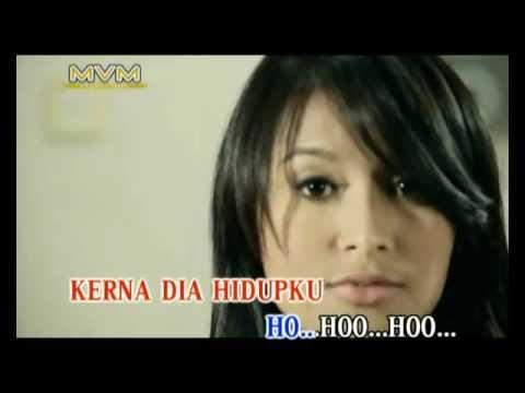 Ezad Mengharap Bintang (bersama Nabila Huda) Official MTV-HD