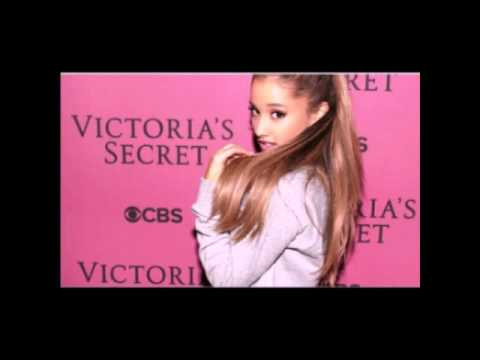 Karaoke Ariana Grande Victoria Secret Fashion Show