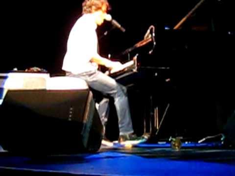 Jamie Cullum Live in Santa Rosa -- Just One Of Those Things