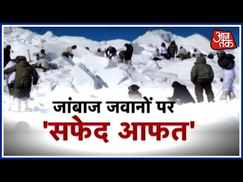 Massive Snowfall Across Jammu-Kashmir, Death Toll Raises To 15, Many Missing Still