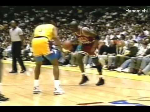 Michael Jordan\'s Top 10 In Your Face Dunks