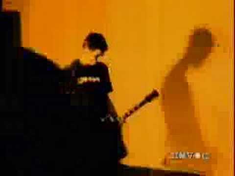 Bad Religion: Struck A Nerve