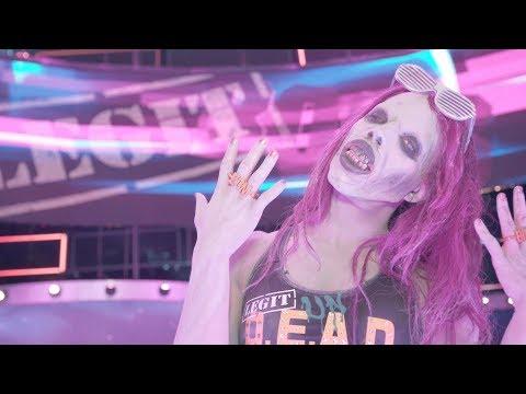 Zombified Sasha Banks makes her entrance