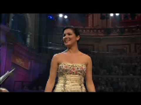Anna Netrebko-Musetta - Quando m'en vo - waltz from La Boheme by Puccini - live