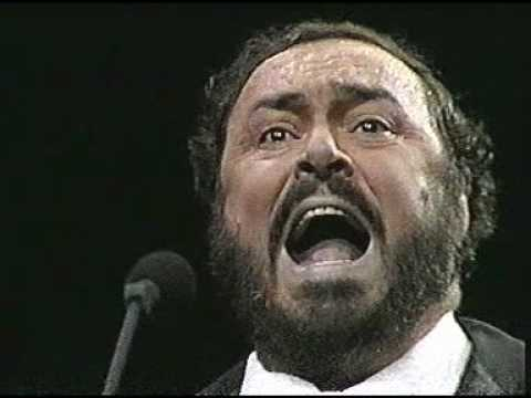 Luciano Pavarotti 1987 La donna è mobile Madison Square Garden New York