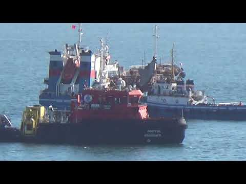 "Буксировка танкера ""Залив Америка"""