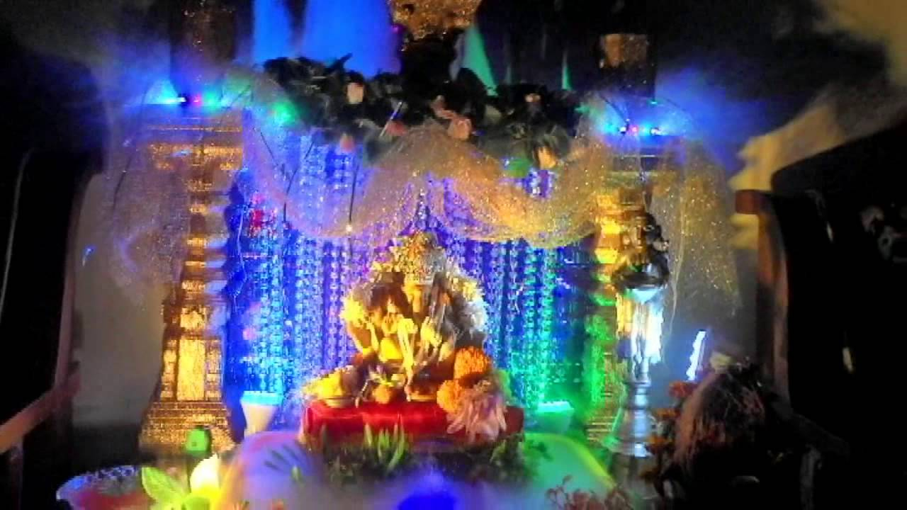 Ganpati decoration with curtains the for Decoration ganpati