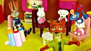 Çiz gifilm Zootropolis oyuncakları yakalamaca oynuyor