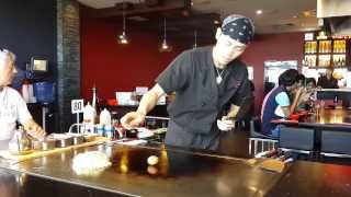 Teppanyaki Chef Cracks Egg Style