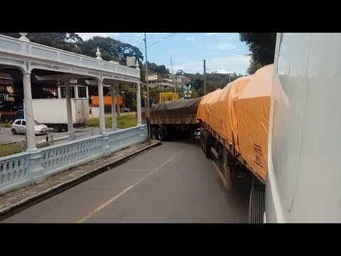Paraiba do sul De Rodotrem 30M Rua Estreita Sofrimento Alegria e Carro fez merda