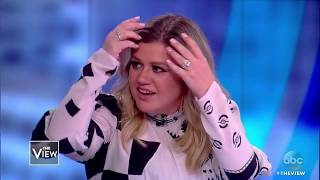 Kelly Clarkson On Aretha's Influence, Daughter's Adorable Crush On Chris Martin | The View