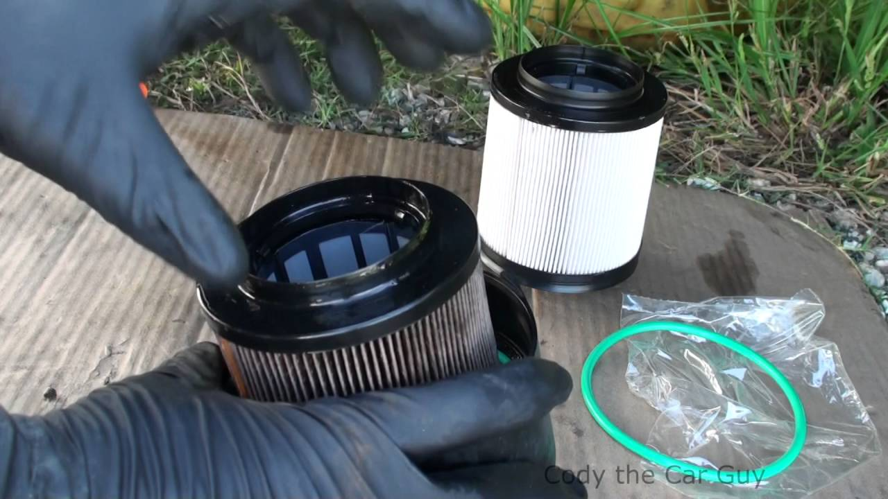 Ford 67 Powerstroke Changing Fuel Filters Youtube 7 3 Filter Location
