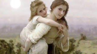 子どもの出産から成長まで、古典絵画に優雅な動きをくわえた耽美なる世界