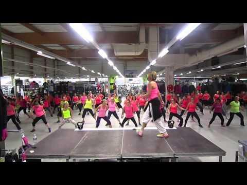 """ESTRELLITA DE MADRUGADA"" DADDY YANKEE -zumba dance workout - décathlon l'isle adam"