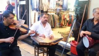Gülü Susuz Seni Aşksız Bırakmam / İzmir'den