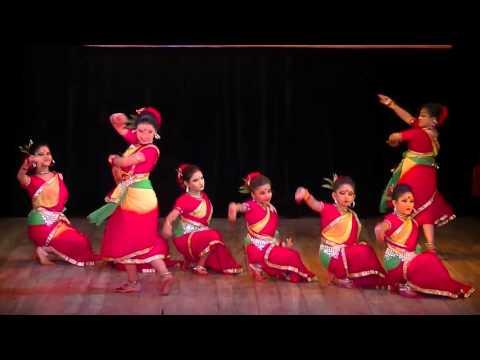 """মাতাল সুরে """"ফুলে ফুলে বিকশিত"""" সাংস্কৃতিক সন্ধ্যা-২০১৫"""