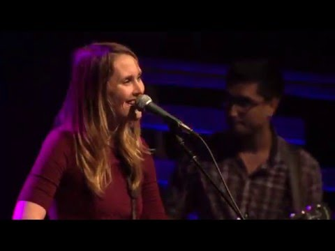"""Laney Jones and the Spirits """"Allston"""" at Full Sail Live (2016)"""