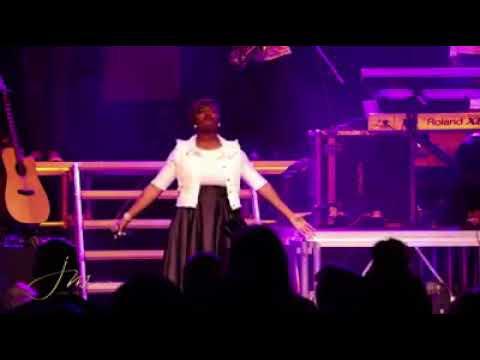 Janet Manyowa hymns medley 2017