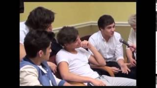 You just have to pay attention Harry&Louis Parte 1 Traducido español