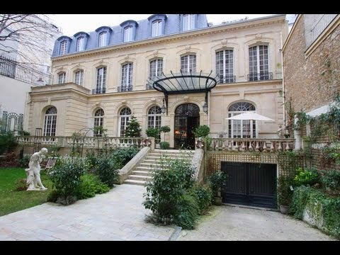 PRIVATE MANSION in PARIS 16th TROCADERO by HAUSSMANN PRESTIGE PARIS - Luxury Real Estate in France