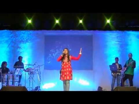 Aishwarya Sings Timeless- Raat Akeli Hai