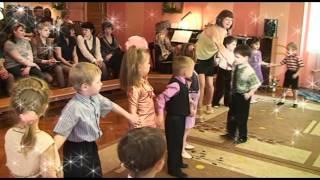 видео Весенние праздники в детском саду. Сценарии. Средняя группа