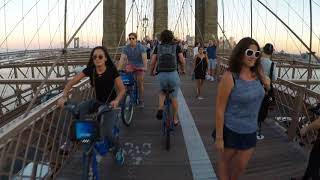 Using the Loud Bike Car Horn while cycling across a crowded Brooklyn Bridge Full raw version