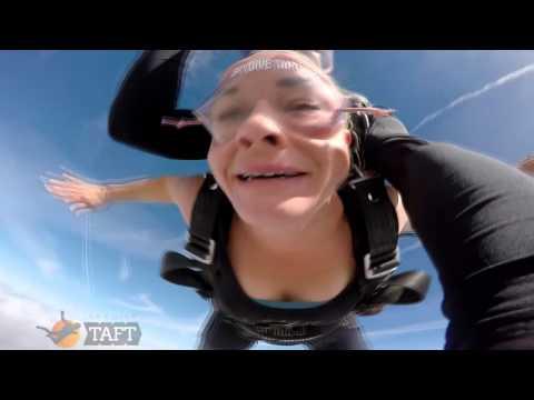 Sara Marsh Skydive Taft.