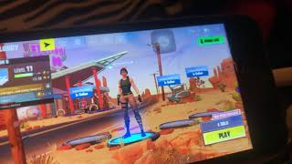 How to get people with a mic on fortnite mobile
