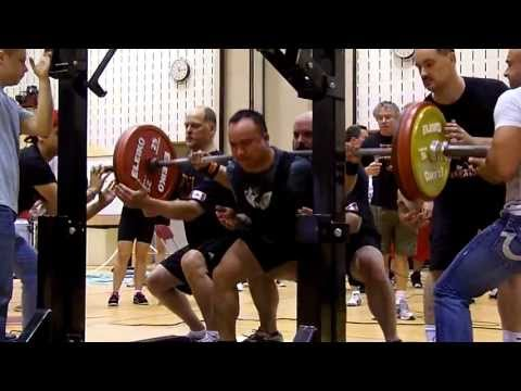 [2013 CPF Amateur Powerlifting Championships] Squat 1st attempt: 210 Kg (~463 lb)