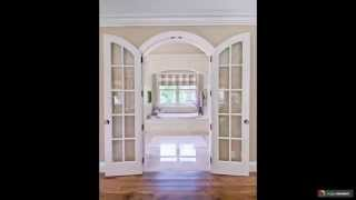 видео белые двери
