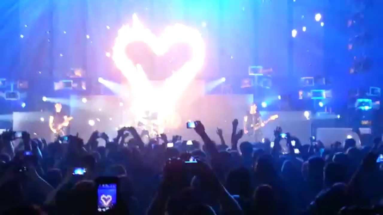 Frei.Wild - Du bist Sie (die einzige für mich) live - YouTube