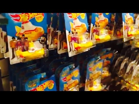 YELLOW SUBMARINE HOTWHEELS at Mirage Beatles Love Store, W/ Vegas Casino $$ Score $$
