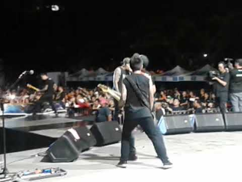 Slapshock-Carino Brutal and Enter Sandman (METALLICA cover) live in Davao City