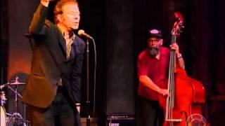 Tom Waits - Make It Rain (Letterman 09.09.04)