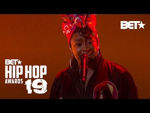 Dre - Rapsody Rocks The Stage At The BET Hip-Hop Awards!