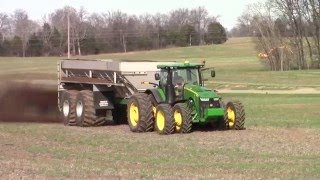 Largest John Deere Row Crop Tractor: 313 hp 8370R