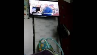 Как смотреть видео на телевизоре с помощью телефона(, 2016-08-25T09:00:28.000Z)