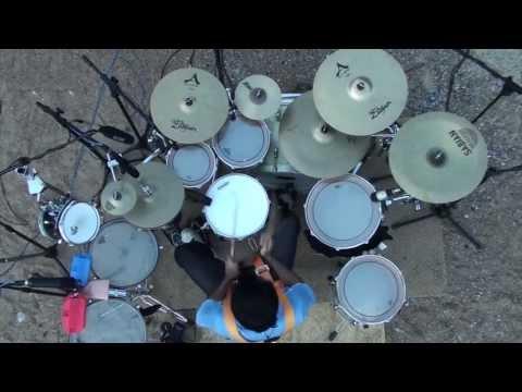 Cenando con un Leon - Bungee - Fede Rabaquino - Musica Rock Uruguayo - Drum Cover