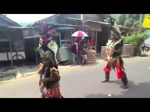 Indonesian Art and Culture Lovers | Festival Jatilan di Magelang