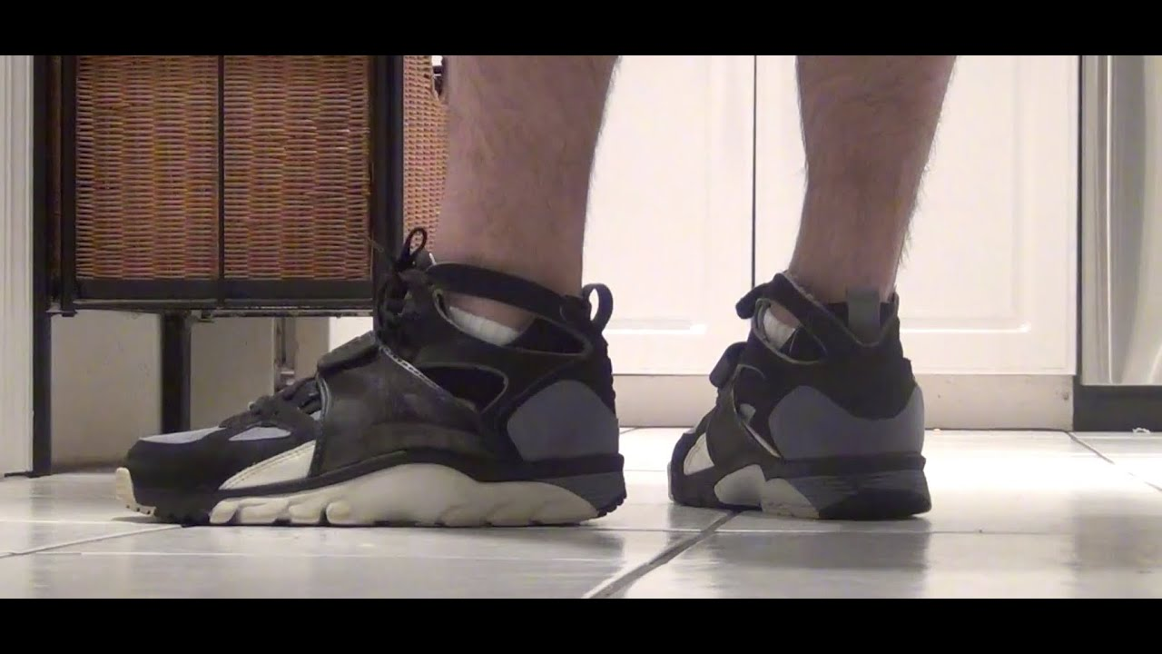 sports shoes 2d29f 1d394 Nike Air Trainer Huarache 1992 Original Black Grey Review LIVE! Bo Jackson  www.defynewyork.com