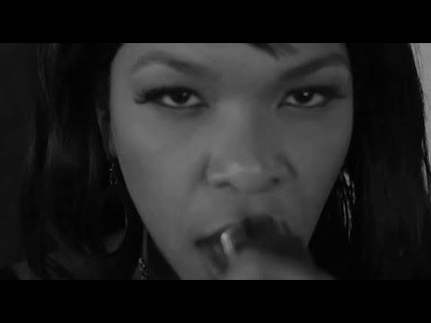 Munk feat. Mona Lazette - The Beat