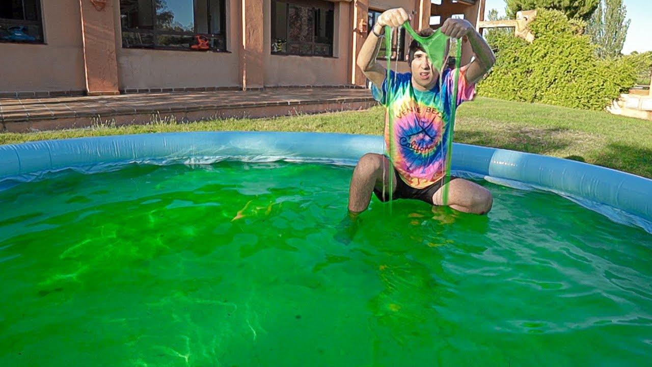 Creamos una piscina gigante de 600 litros de slime - Fotos de piscinas ...