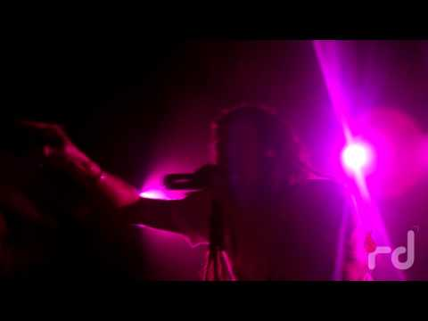 Apache Indian - Chok There ( Live In Mumbai )